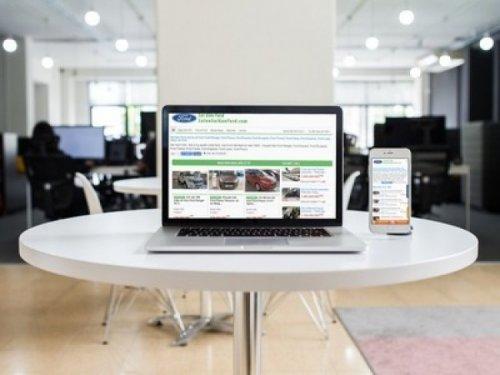 Giao diện web SalonSaigonFord.com trên các thiết bị duyệt web